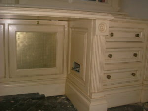 Clive Christian Hand Painted Bespoke Kitchens Rather Unique Decorating - Clive christian bedroom furniture